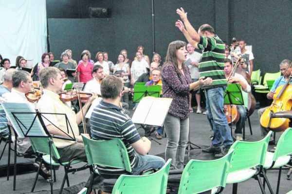 O Coral Municipal de Rio Claro está com inscrições abertas para interessados em participar da Cantata de Páscoa de 2015