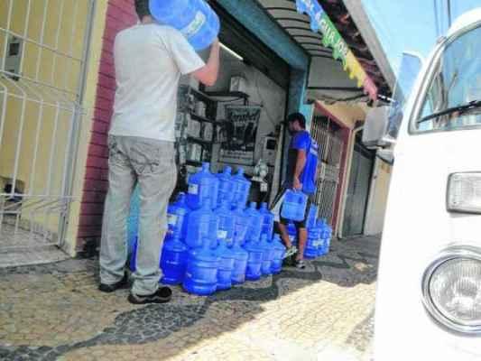 QUE SEDE: em RC, maioria das distribuidoras de água mineral pratica o mesmo preço. Na capital, a variação chega a 175%