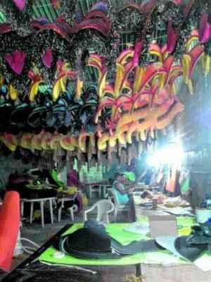 Confecção de fantasias da Casamba acontece 100% em Rio Claro, no ateliê da agremiação