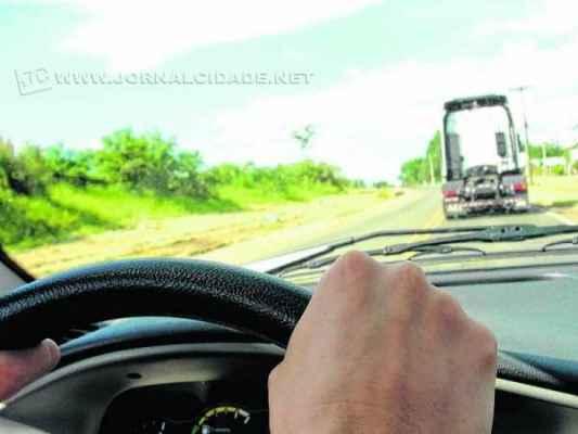 Usuários da vicinal que liga Rio Claro a Ajapi reclamam das atuais condições da estrada