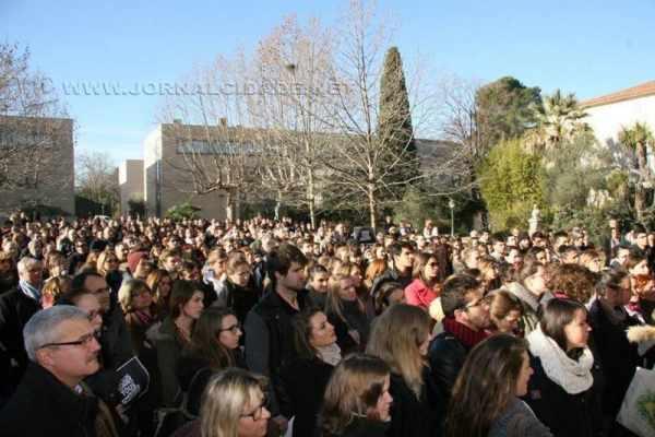 Ato realizado na Universidade Montpellier Supagro (Foto: reprodução)