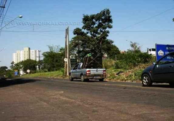 VÍDEO: motoristas aguardam pela duplicação da Rodovia SP-316 - Jornal Cidade
