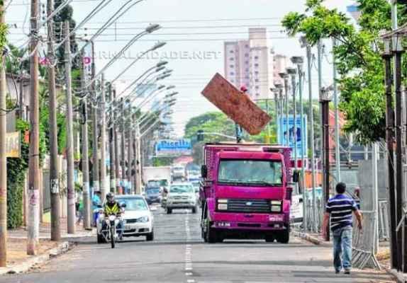 Prefeitura visa contratar empresa para alugar tubulares para o Carnaval e para os jogos do Paulistão (Foto: Divulgação)