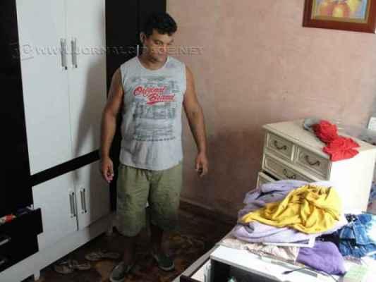 Água invadiu casa de morador no bairro Nova Rio Claro