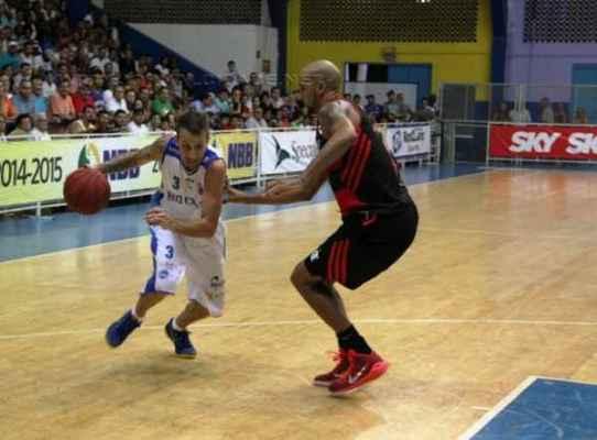 Neste returno, o ala/armador Duda Machado vinha sendo um dos principais jogadores e pontuadores do time
