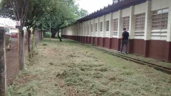 Situação na Escola Hamilton Prado, na Rua 14, Vila Olinda, é denunciada por um pai