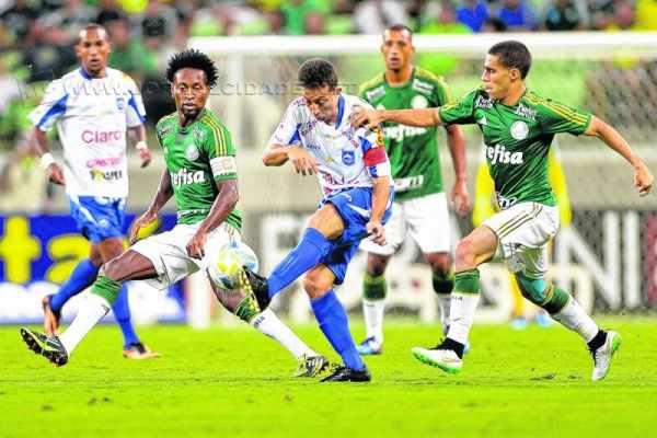 Após a derrota por 3 a 0 para o Palmeiras, Buião disse que o setor ofensivo precisa melhorar