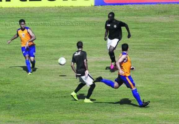 Rodolfo marcou o primeiro gol, mas ainda não está com a sua documentação regularizada