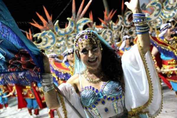 Samuca foi eleita a campeã do Carnaval 2015