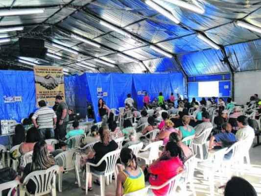 EPIDEMIA: o município registra 5.862 casos de dengue notificados. Pacientes aguardam por consulta no CTH