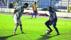 Paulinho foi o primeiro atacante do time a marcar e espera continuar balançando as redes