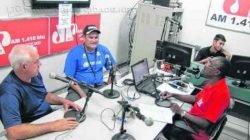 O ex-jogador e coordenador do projeto, Álvaro Pacheco, em entrevista durante o programa Jornal de Esportes, da Excelsior JP