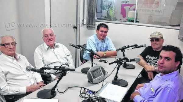 Da esquerda para direita: Mario Zaia (SDD), Manoel José Silva (PSDB), Rev. Juliano Godoy, Aldo Zotarelli e Archangelo