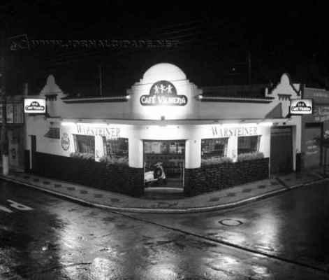 Com decoração temática, bar imitava os pubs ingleses com diversas referências culturais