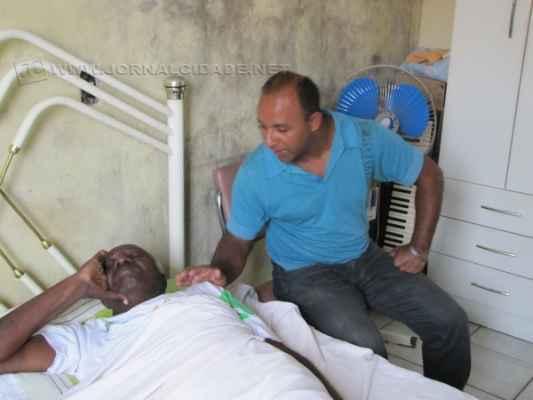 Benedito Santana de Oliveira e o filho Silvio Santana de Oliveira (foto arquivo JC)