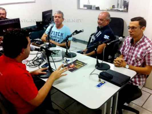 Da esquerda para direita: Antonio Archangelo, Vagner Baungartner, Luiz Jardim e o vereador Anderson Christofoletti