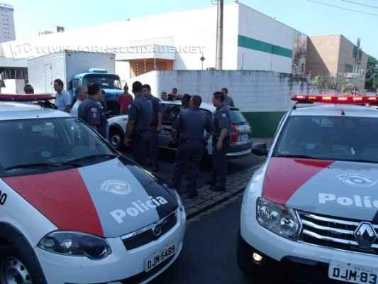 MEDO E PAVOR: Durante confronto da PM com uma quadrilha, um trabalhador foi morto, um bandido ferido e um policial atingido por estilhaços de tiros