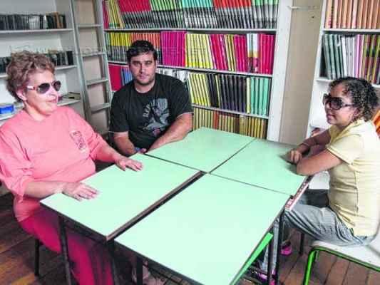 Da esquerda para a direita: Adriana Cozza, Abideraldo Canovas e Keli Menezes Vieira durante entrevista concedida no Cmac