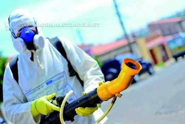 O trabalho preventivo continua sendo realizado pelas equipes de combate à dengue
