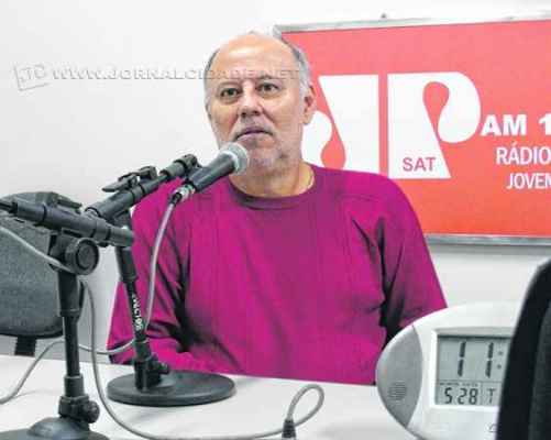 O empresário João Marcondelli durante o programa Jornal de Esportes, da Excelsior JP