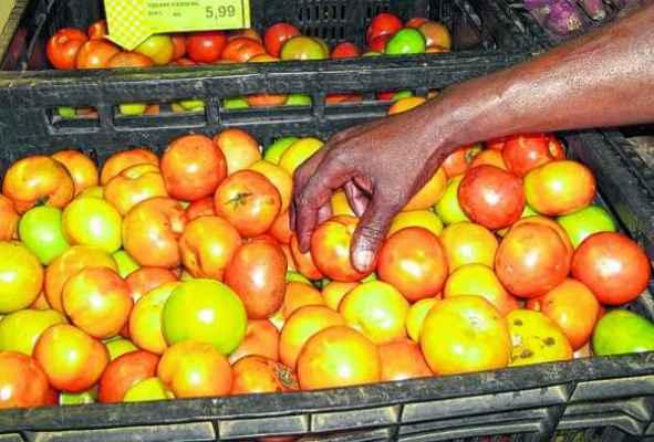 O preço do tomate voltou a subir, com isso os consumidores têm procurado por produtos substitutos para fazer economia