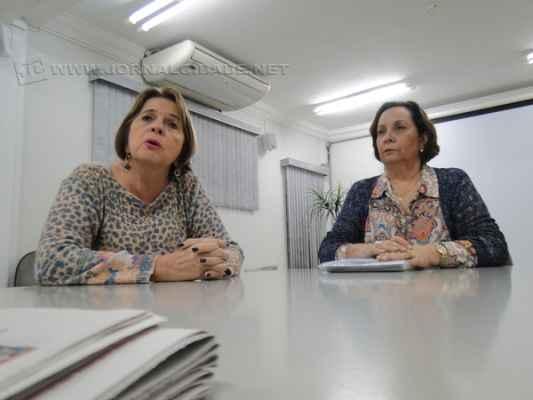 A diretora do Sistema Único de Assistência Social, Sônia Maria Catel Gerner, e a secretária de Ação Social, Luci H. W. Ferreira