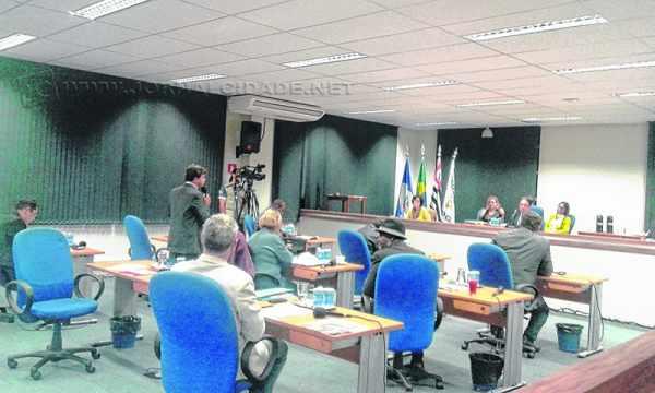 Vereadores da cidade de Rio Claro aprovaram sete projetos de lei durante a sessão camarária dessa segunda-feira (15)
