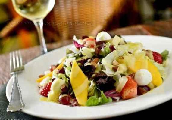 Saladas são sempre bem-vindas. E o melhor é que também são muito saudáveis. ( Foto: Tadeu Brunelli)