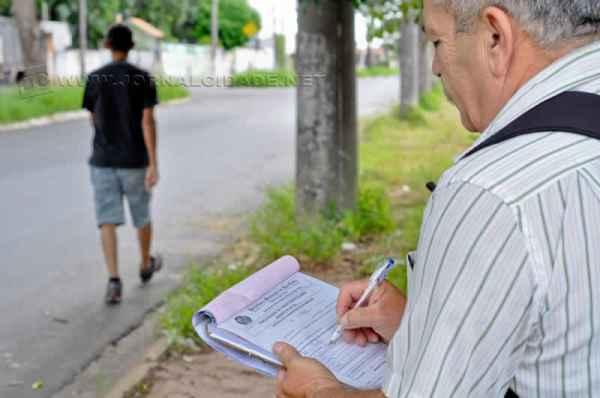A fiscalização, feita pela Secretaria Municipal de Obras, prossegue em todo o município
