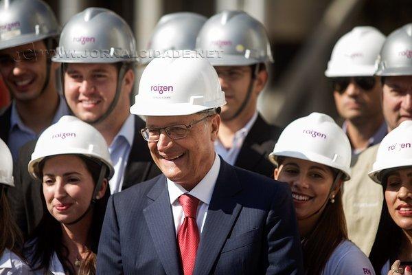 Geraldo Alckimin durante inauguração de unidade produtora de etanol (Foto: Daniel Guimarães/A2 Fotografia)