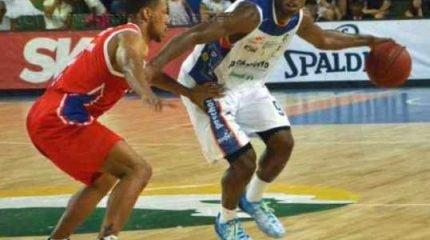 Revelado em Bauru, o ala Gui Deodato disputou sete temporadas do Novo Basquete Brasil pela equipe (Foto: Henrique Costa/Bauru Basket)