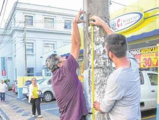 Em Ipeúna, serviço de manutenção da iluminação ainda é responsabilidade da Elektro