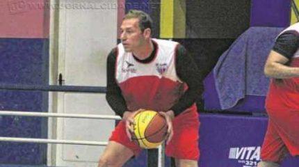 Neste período de pré-temporada, a equipe segue treinando no ginásio Felipe Karam, dosando a parte física com a tática