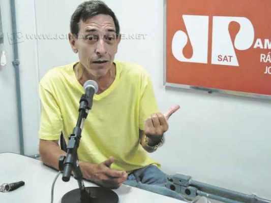 Membro da ala histórica do PMDB e amigo de três décadas de Altimari, Santoro não deve abrir mão da pré-candidatura (Foto Arquivo JC)