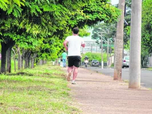 Para 77% dos brasileiros acima de 50 anos, maior preocupação é com saúde; entretanto, atividades físicas e alimentação balanceada ainda não são realidade para a maior parte da população