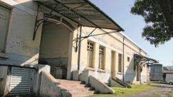 Localizado no extremo oeste do município, o Distrito de Batovi ainda apresenta alguns resquícios dos tempos áureos da ferrovia