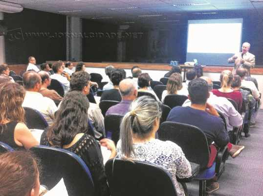 Audiência para apresentação do Relatório de Diagnóstico do Plano de Mobilidade Urbana aconteceu na quarta-feira (26)
