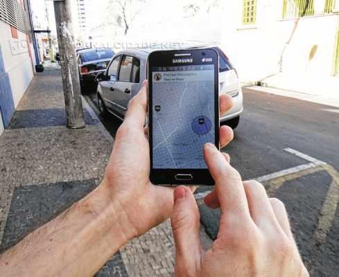O chamado ProTaxi pode ser acessado tanto por taxistas como por usuários, que podem encontrar o veículo mais próximo
