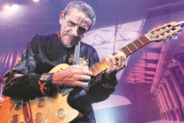 Cantor e compositor começou a carreira na década 70 e, desde então, não parou de se reinventar na música brasileira