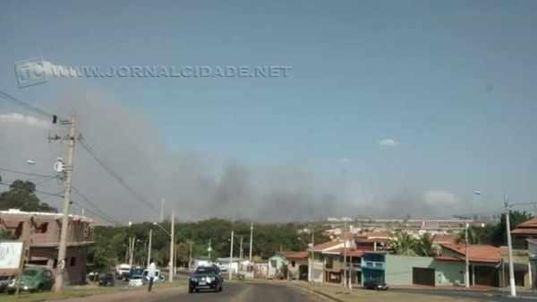 Fumaça avistada do bairro Jardim Parque Industrial, de Santa Gertrudes
