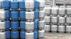 Botijões de gás de cozinha armazenados. Preço do produto deve ficar mais caro