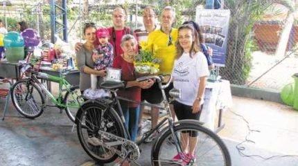 Escola Estadual Pedro Raphael da Rocha prestou homenagem à família do jardineiro Geraldo Milani