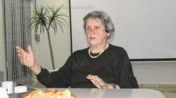 Norma Lopes Gonçalves, presidente da Associação Regional pela Previdência Social, fala sobre a atual situação dos idosos