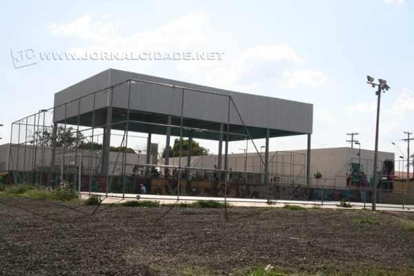 O bairro Mãe Preta conta com uma academia, uma unidade de saúde está em construção, além do recém-inaugurado Centro de Esportes