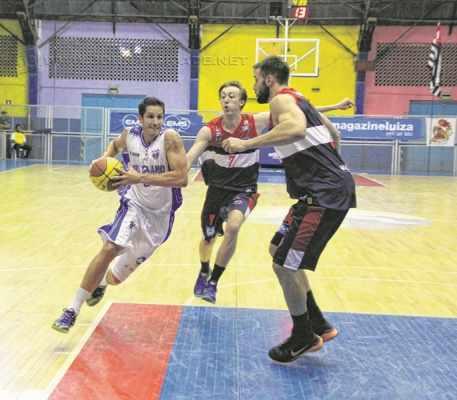 O Rio Claro Basquete soma seis vitórias consecutivas, a última contra Limeira, por 68 a 35