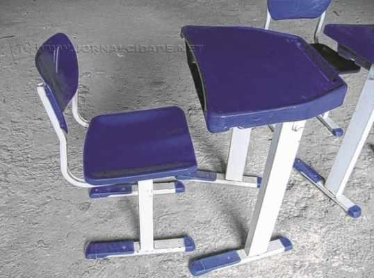 No TCE, os conselheiros analisaram contrato de R$ 1,3 mi destinado à compra de móveis escolares (Foto: Reprodução)