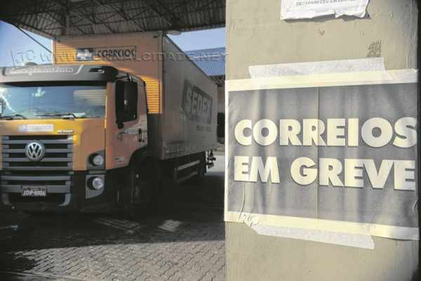 Greve dos servidores atinge principalmente os centros de distribuição (Foto: Fernando Frazão/ Agência Brasil)
