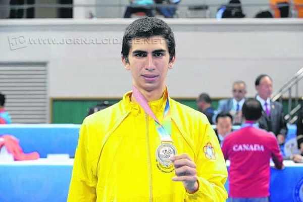 Atleta da equipe de Rio Claro, Guilherme Dias subiu ao pódio do Mundial (Felipe Barra/MD)