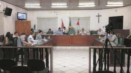Presidente da Casa fala sobre a necessidade da instalação de novas empresas em Santa; Distrito Industrial seria a solução