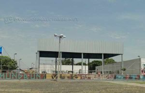 CEU Mãe Preta - O Centro de Artes e Esportes do bairro Mãe Preta é repleto de atividades. Há quadras de vôlei, basquete, futsal e pista de skate, além de uma biblioteca e aulas de zumba.